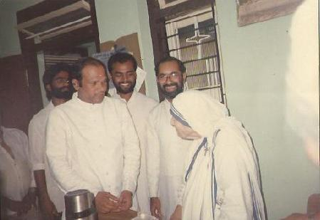 Mother Teresa & Bishop Varghese Chakkalakal.