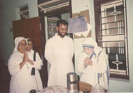 Father George, Mother Teresa and other sisters.